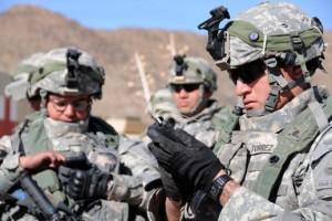 Army-testing-smartphones1-e1307089049246